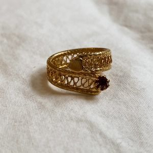 VTG Gold Ruby Heart Textured Wrap Ring